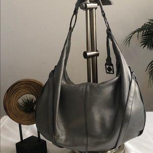 Kenneth Cole Leather Hobo Shoulder Bag USED